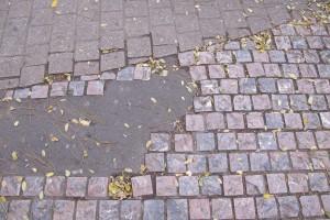 Non-réparation des pavés
